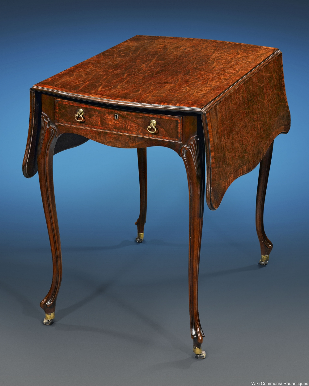 Chippendale Pembroke table