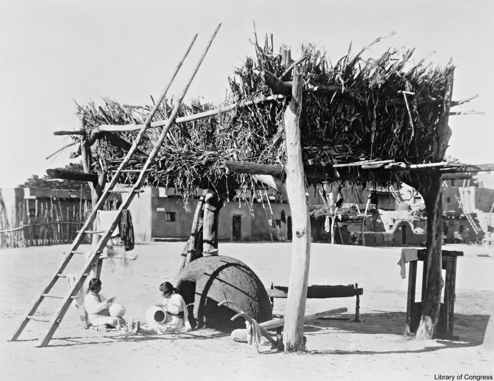 circa 1915