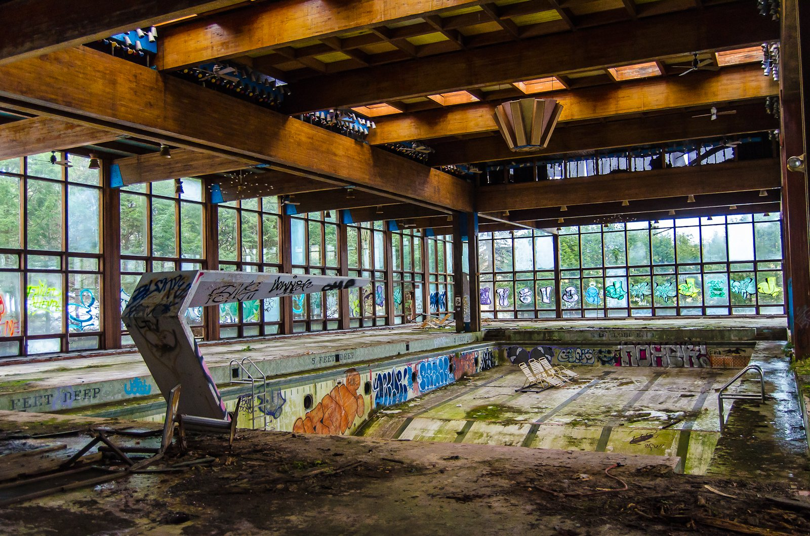 This photo of the abandoned pool at Grossinger's Resort reveals both the former grandeur of the Catskill's premiere resort -- and the toll taken by 50 years of decay and neglect.