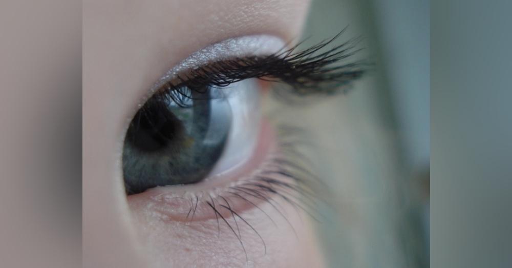 Eye1_1000x523