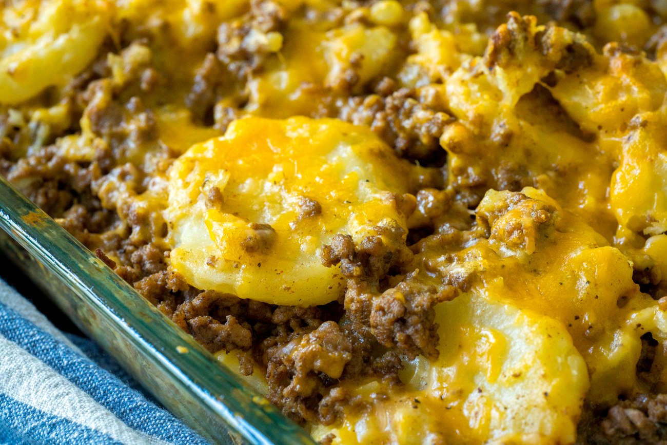 Instant Pot Cheesy Beef and Potatoes 6