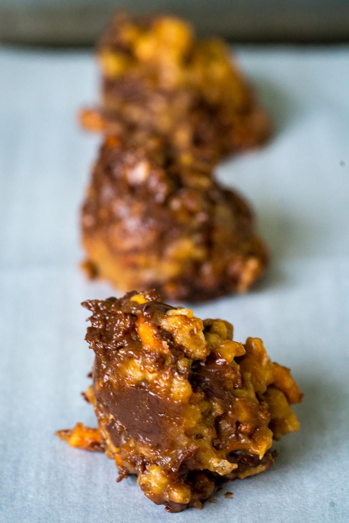 No-Bake Peanut Butter Pretzel Cookies 4