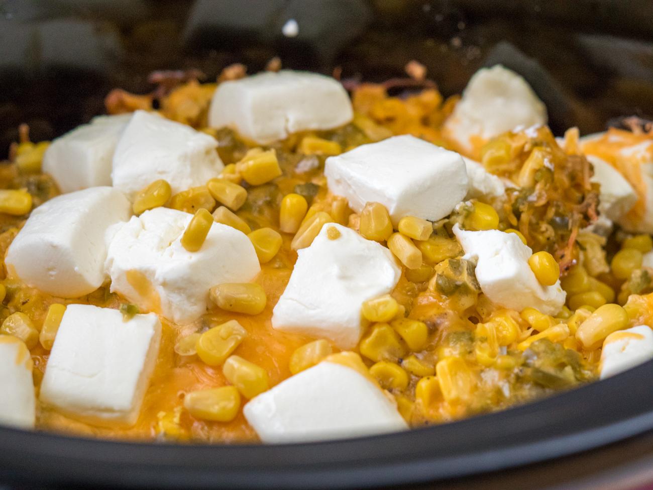 Slow Cooker Cheesy Jalapeno Corn Horizontal (4 of 28)
