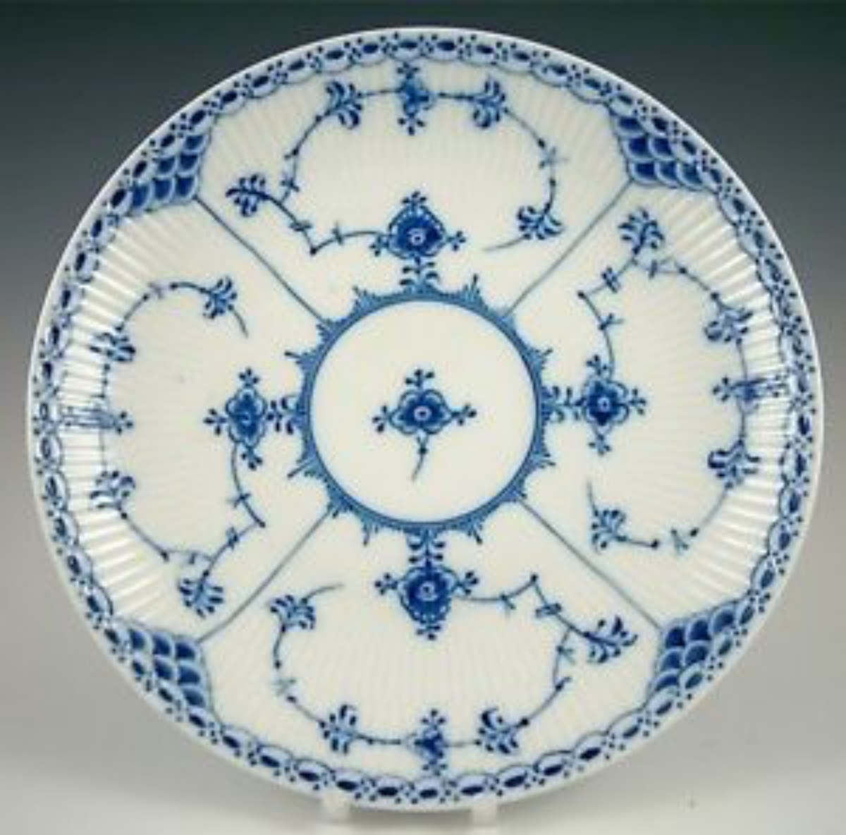 10 most popular china patterns and what to look for 12 Most popular china patterns