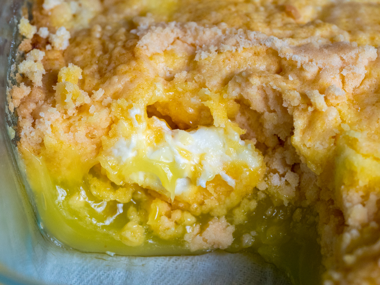 Lemon Cream Cheese Dump Cake 3