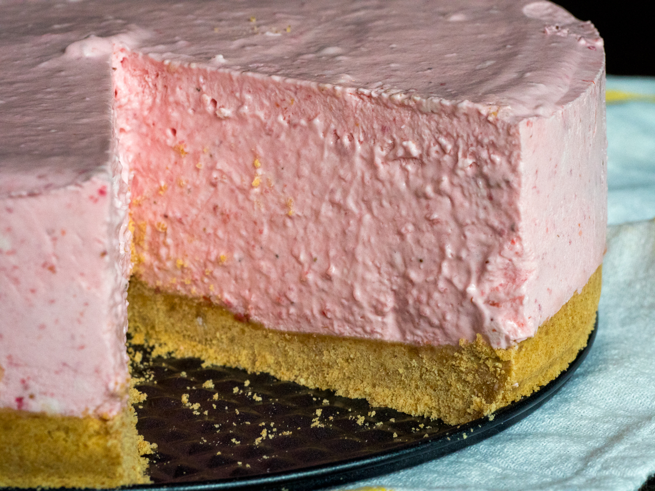 No-Bake Strawberry Cheesecake 10