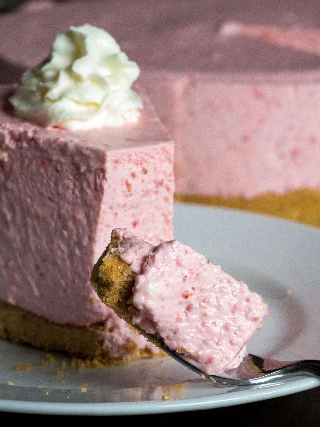 No-Bake Strawberry Cheesecake 9