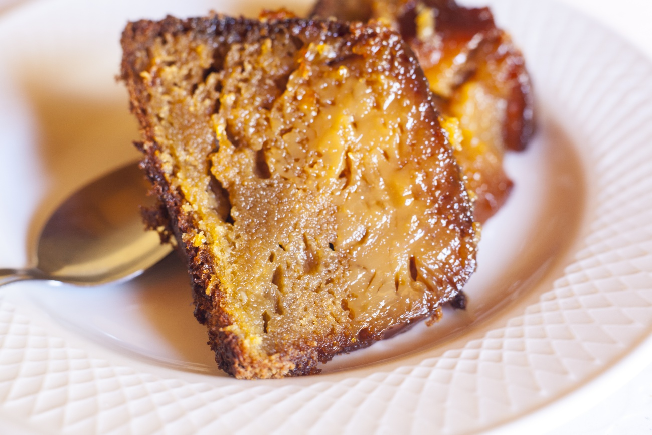salted caramel bundt cake 2