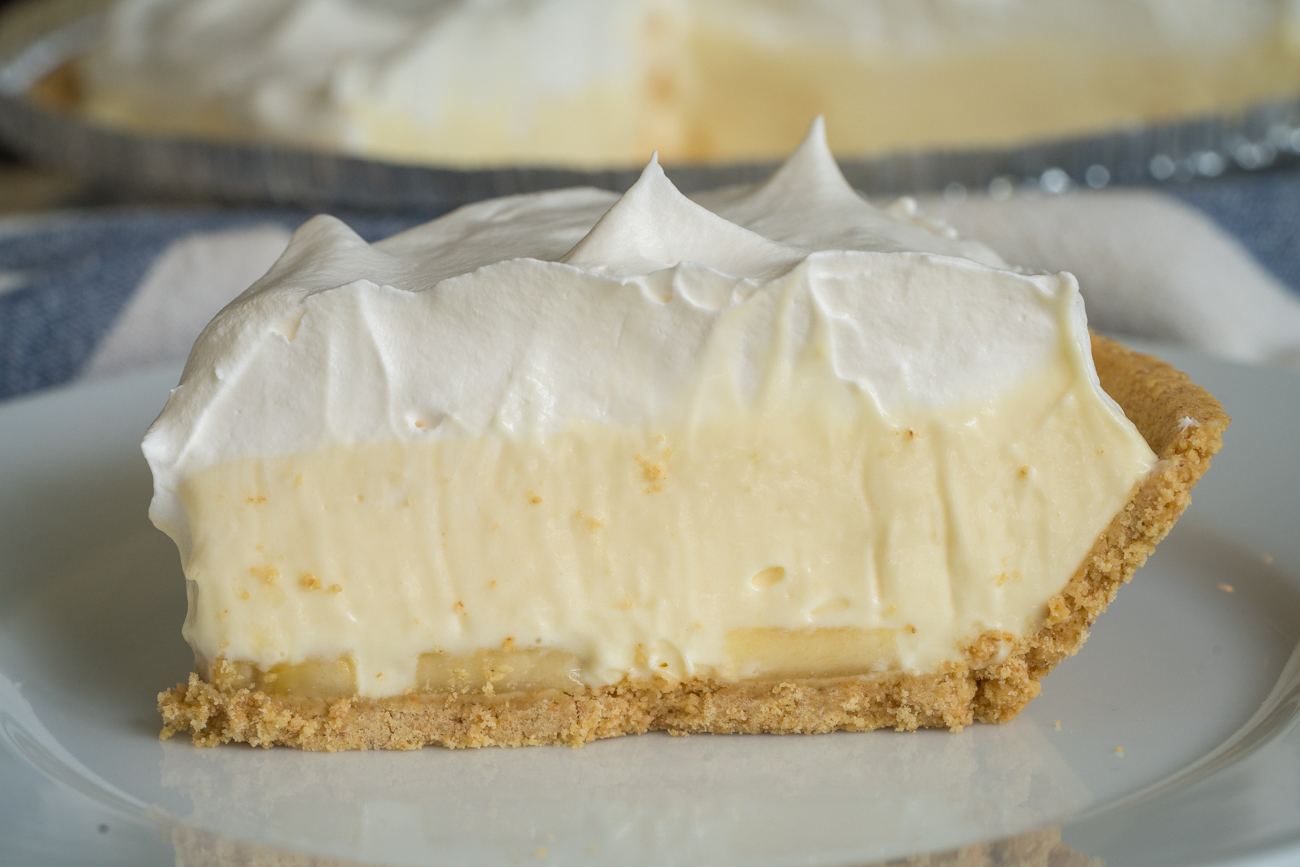 No-Bake Banana Cream Pie Horizontal (13 of 15)