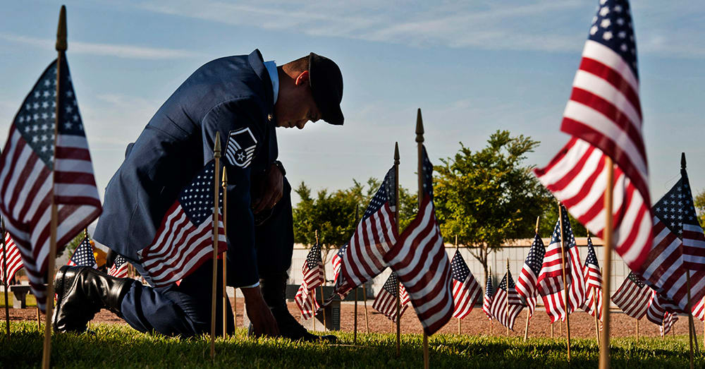 Memorial Day's True Meaning Revealed In 30 Powerful Photographs ...