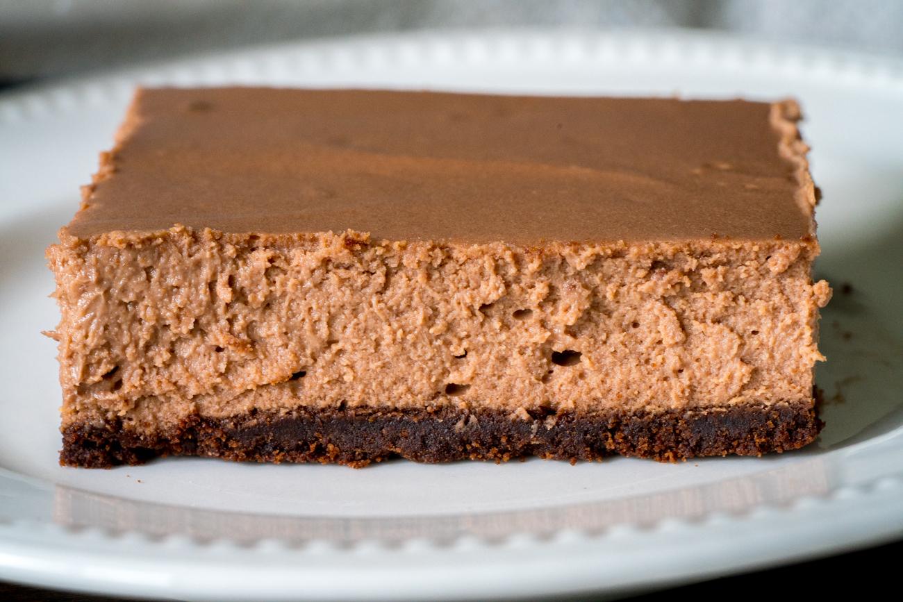 Chocolate Cheesecake Bars 4