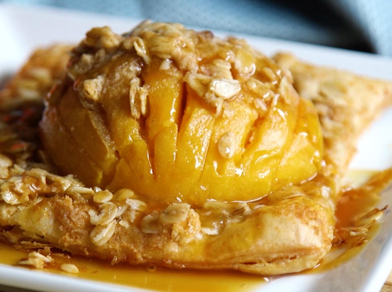 Hasselback Peach Pie