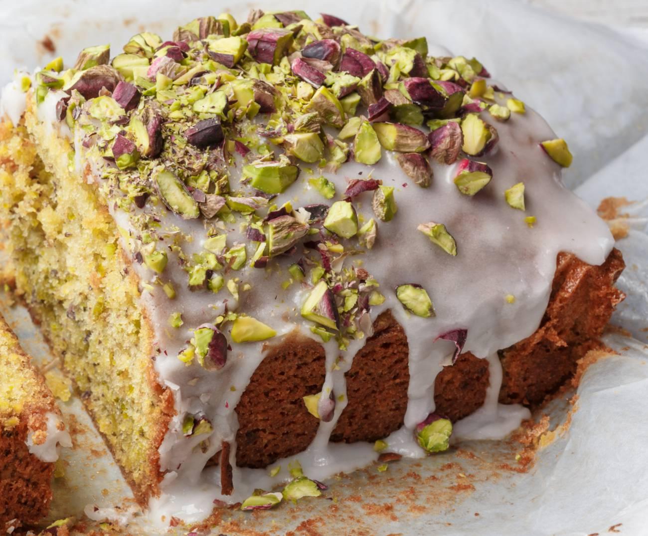 lemon - pistachio cake