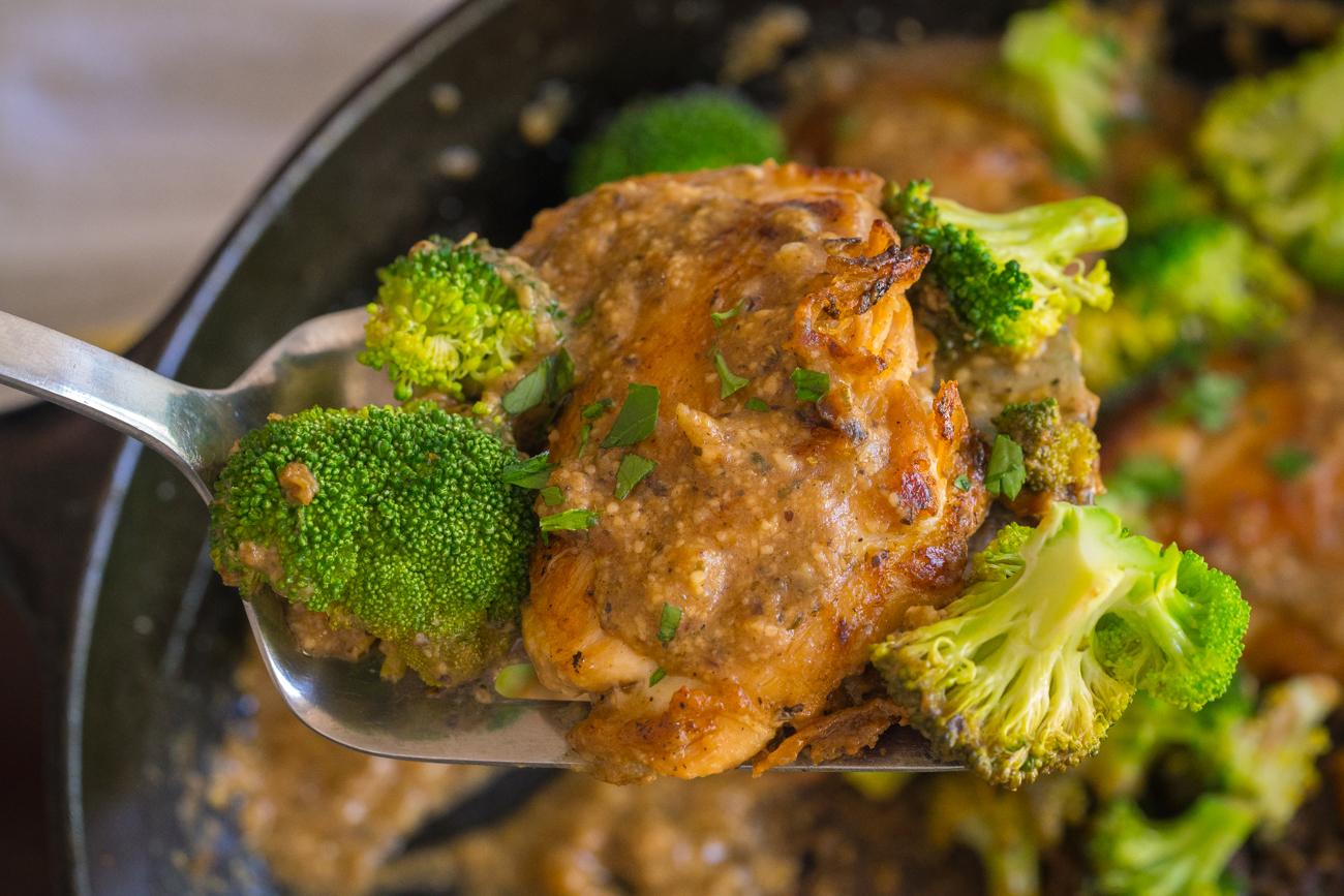 lemon_parmesan_chicken_broccoli_skillet_horizontal__7_of_7_