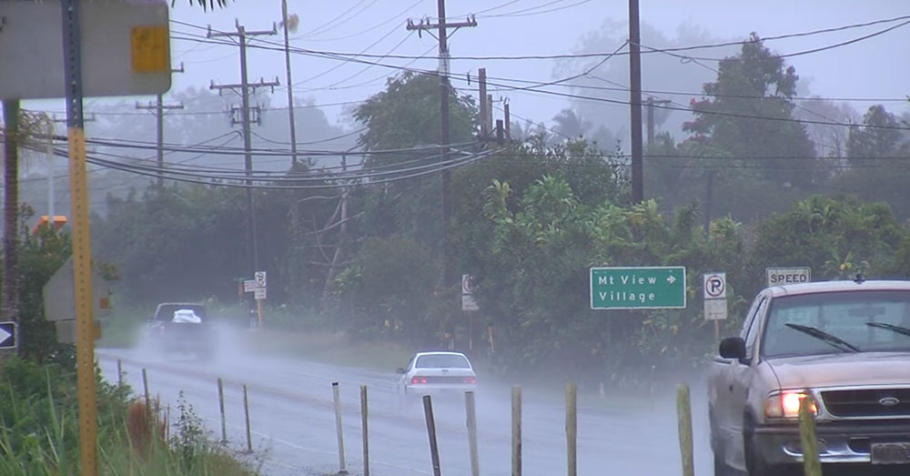 Source: YouTube/Big Island Video News The hurricane has sent many residents seeking shelter and emergency supplies.