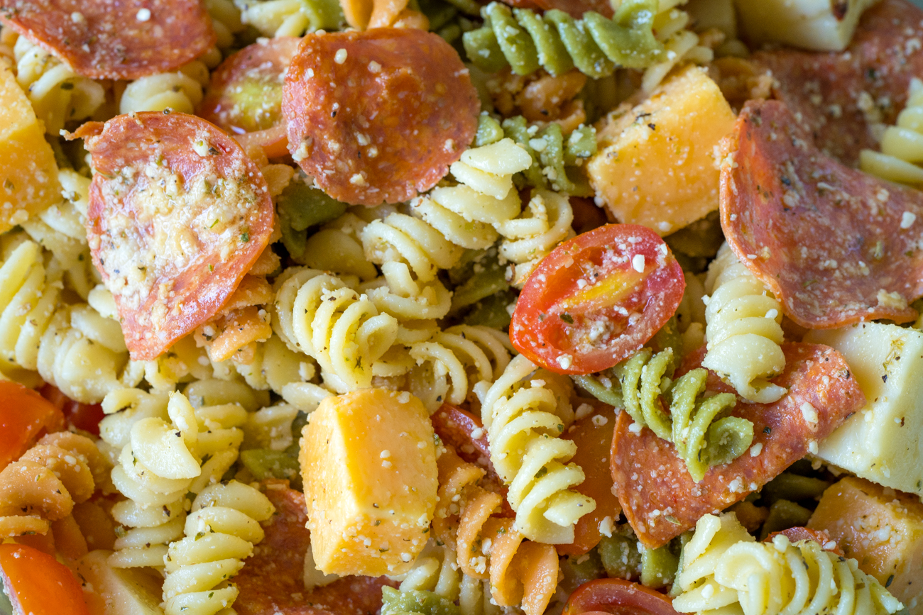 Pepperoni-Pizza-Pasta-Salad-4