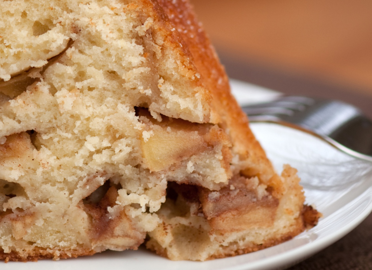 Close up view slice of apple bundt cake