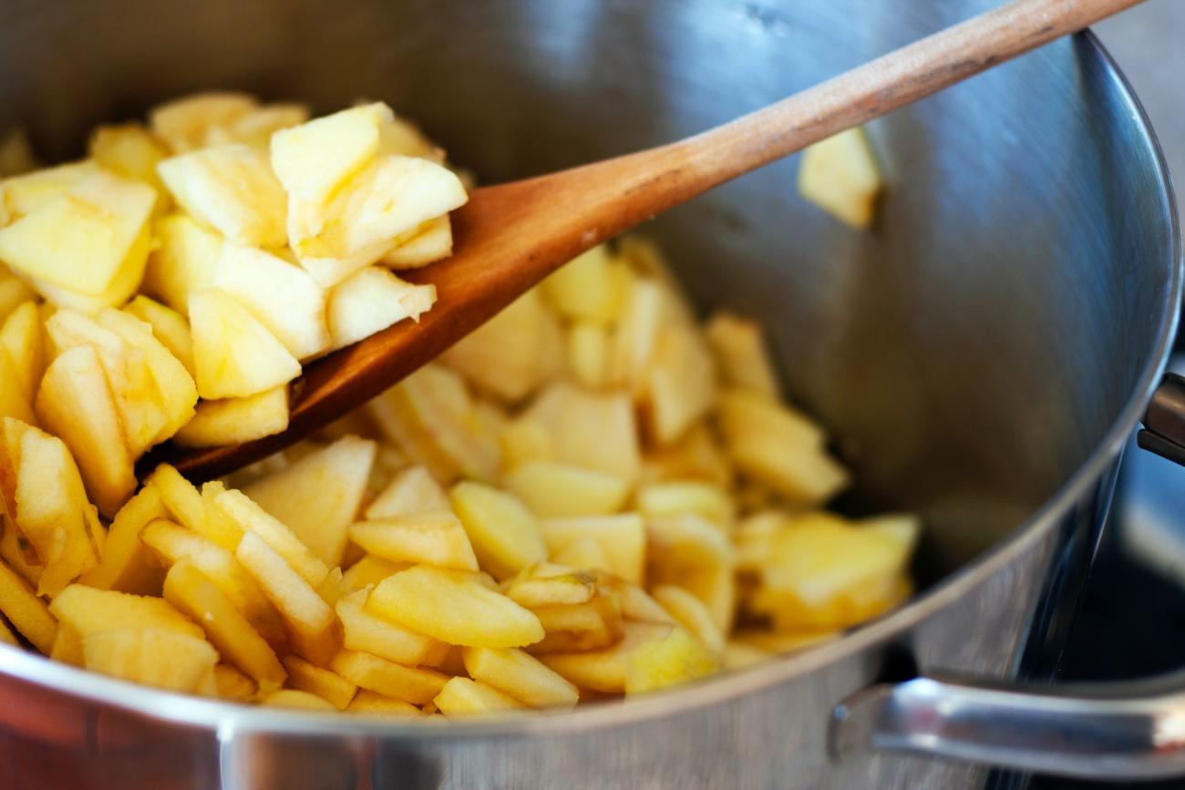 Making Applesauce - Cooking Apple Chunks