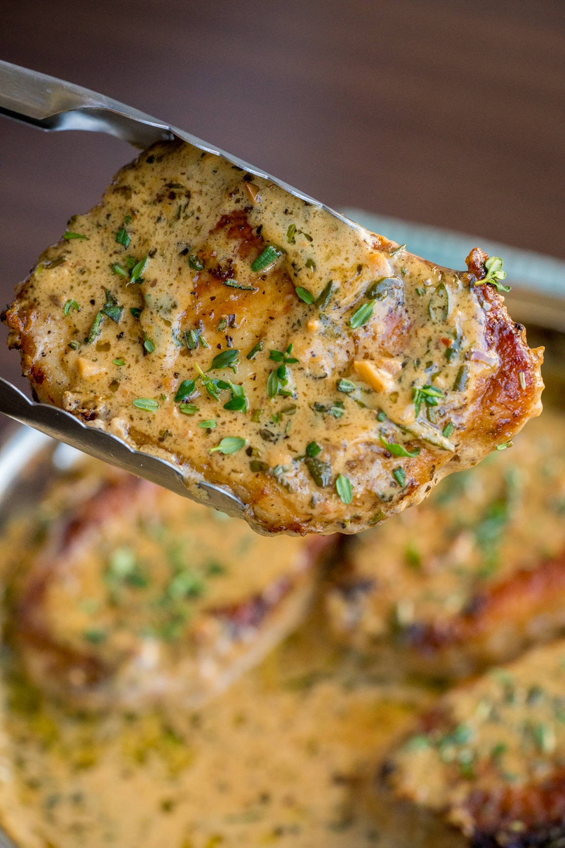 Garlic and Herb White Wine Pork Chop Skillet Vertical (4 of 5)