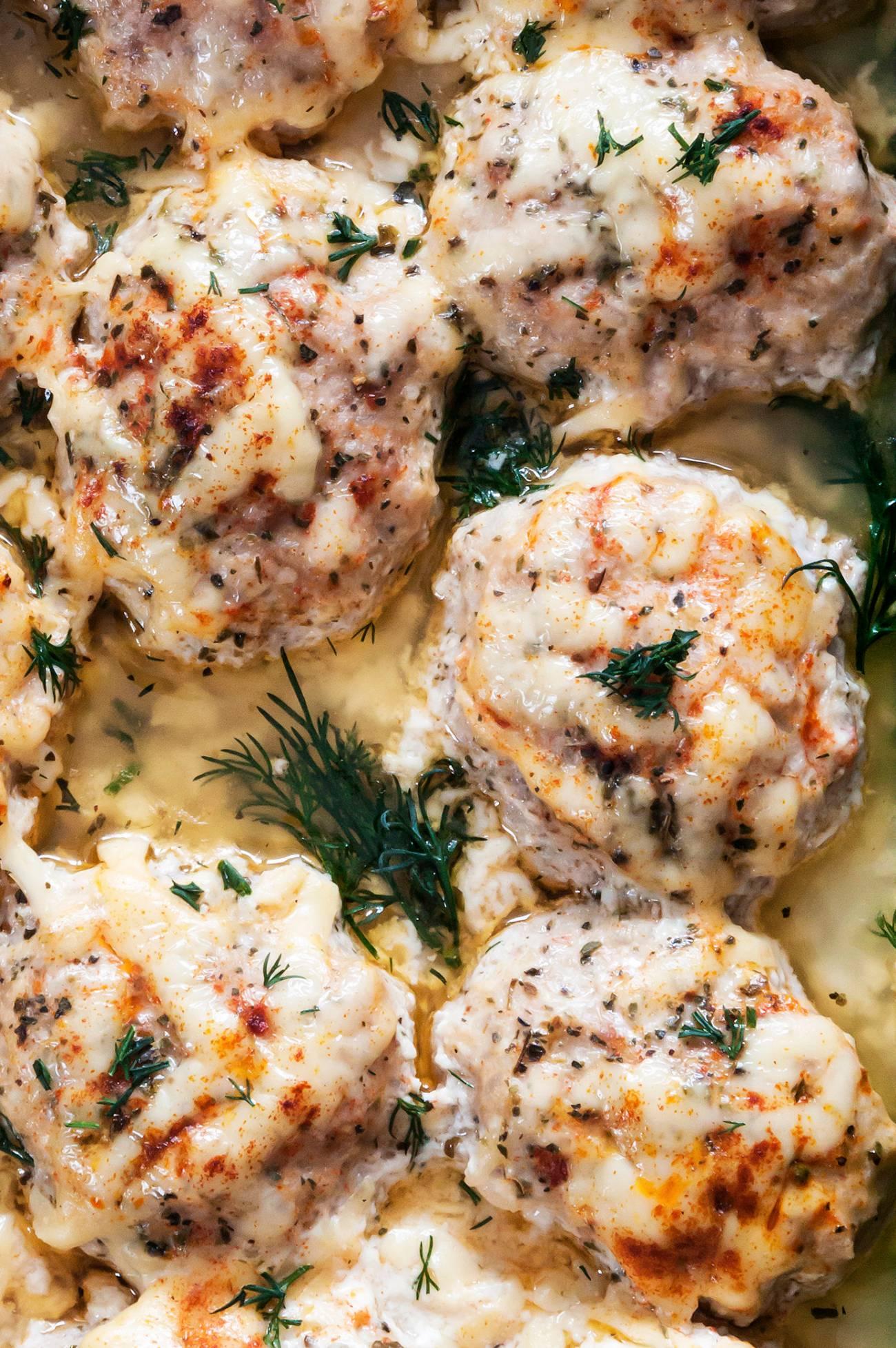 Sour Cream Sauce Chicken Meatballs