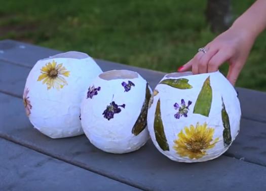 kids craft summer bowls using dried flowers
