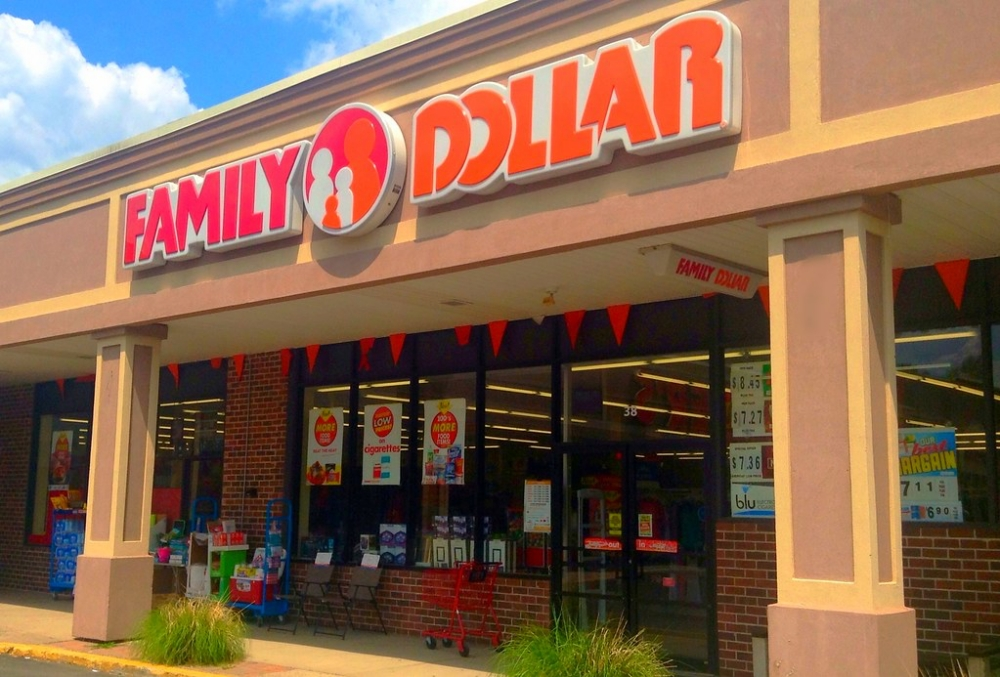 Family Dollar store exterior