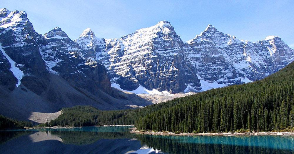 Alberta has mountainous country.