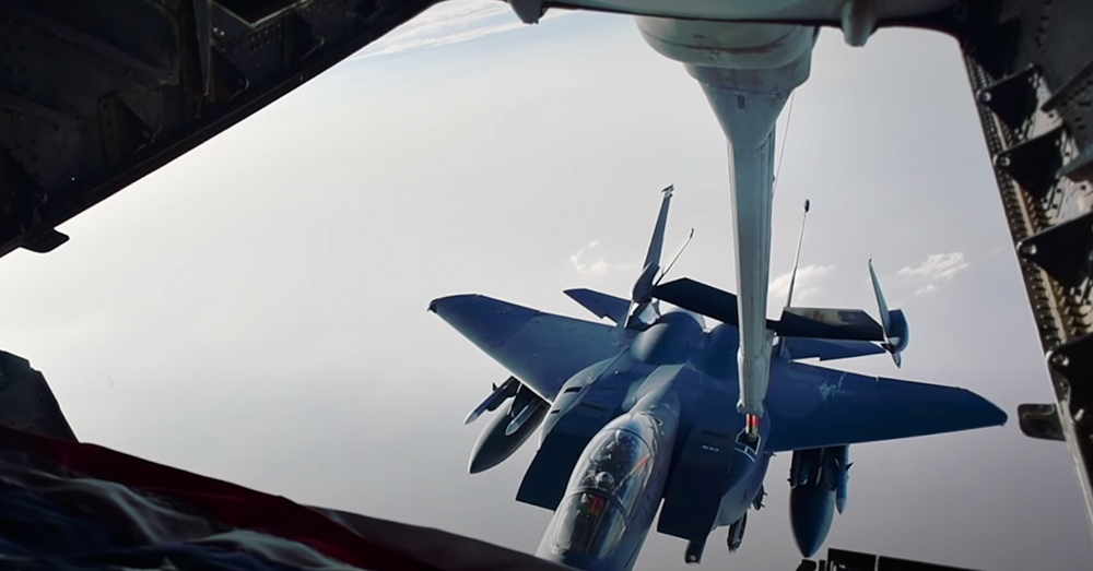 It takes great skill to refuel in mid-flight.