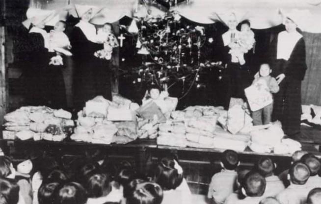 veterans osaka christmas donation