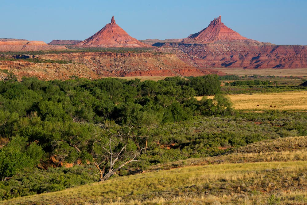 Day Time in Indian Creek - the Sixshooter Peaks in Bears Ears National Monument.