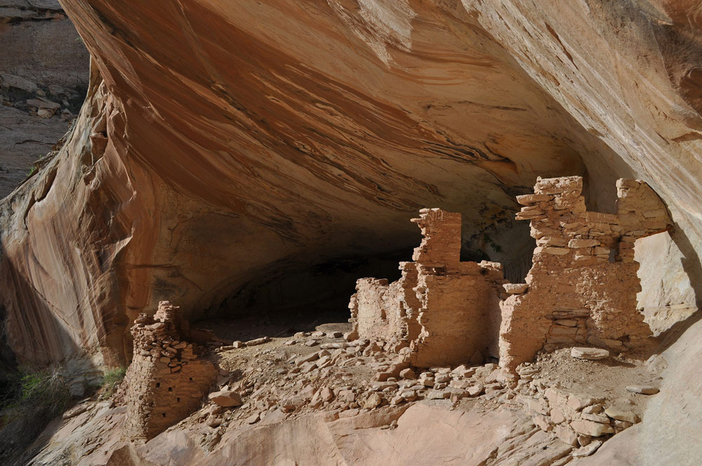 Monarch Cave Ruin, a cliff dwelling on Comb Ridge in Bears Ears National Monument.