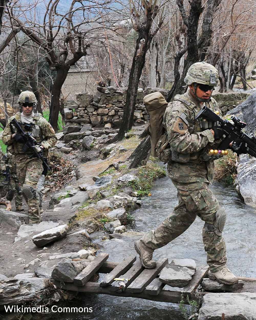 Many troops stationed in Afghanistan are now coming home.U.S.